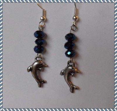 Orecchini pendolo con delfini