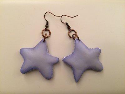 Orecchini stella lilla