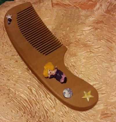 Piccole donne crescono - Pettine in legno per bambina