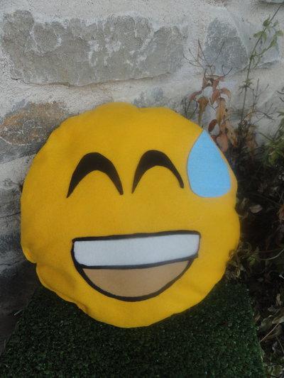 Cuscino emoticon feltro