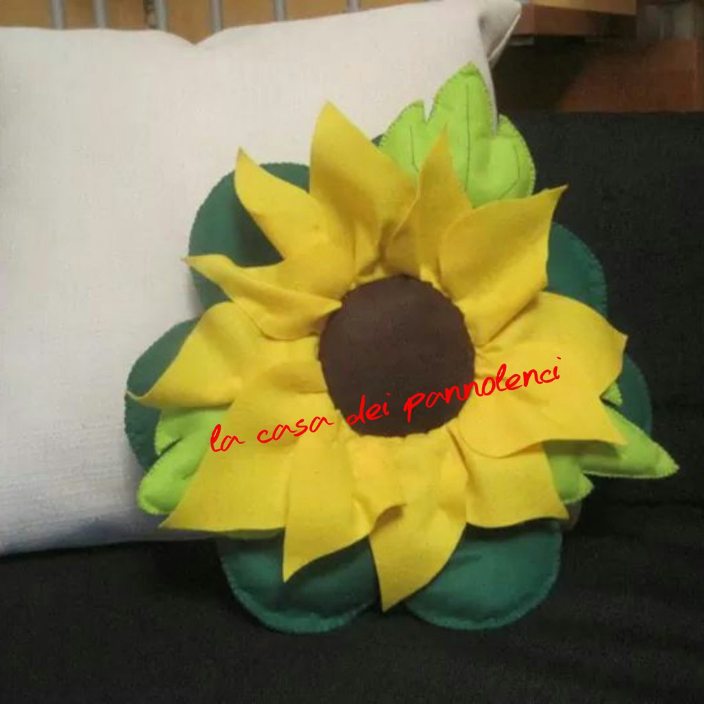 Cuscino pannolenci girasole
