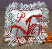 Cuscino fedi cuscinetto portafedi pizzo ricamo personalizzato iniziali sposi