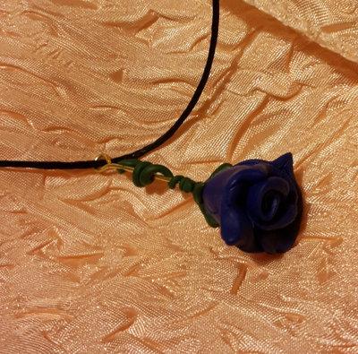 Ciondolo  - Rosa blu pendente