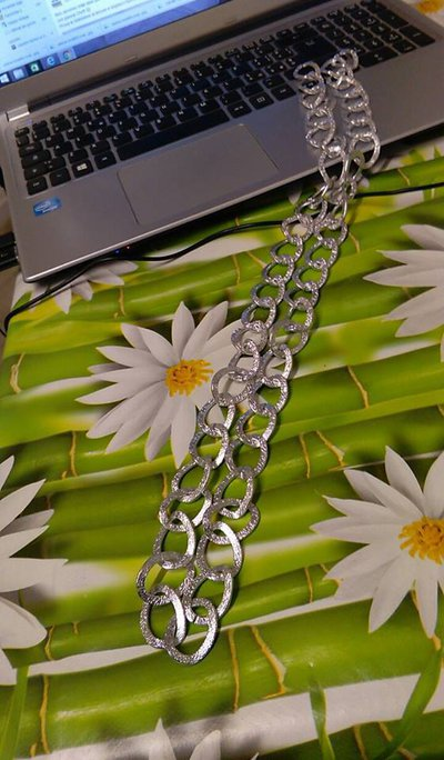 catena modello in metallo argento