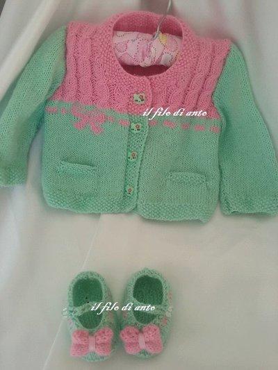 Maglietta/ cardigan/giacchino con scarpine