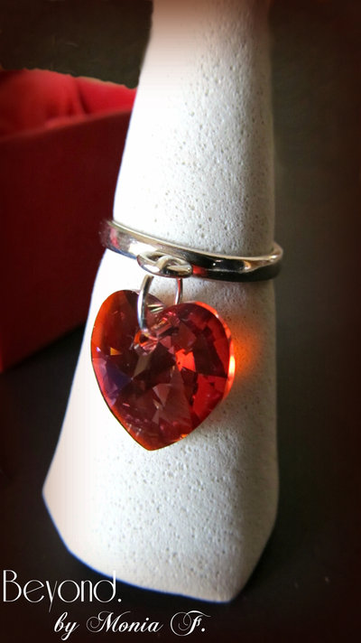 Anello in argento 925 e cuore Swarovski