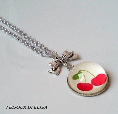 Collana con cabochon ciliegia