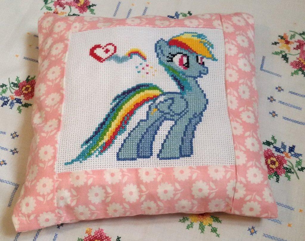 Cuscino punto croce Little Pony personaggio Rainbow dash
