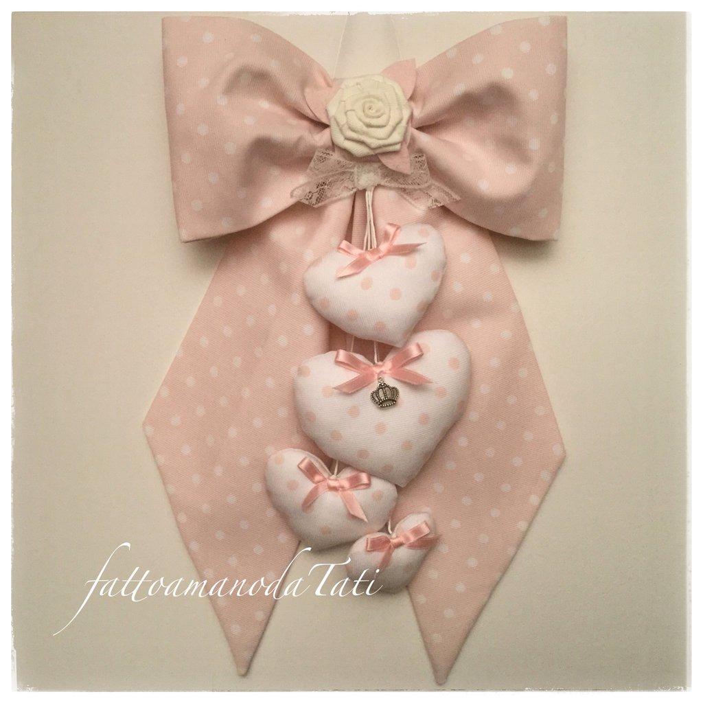 Fiocco nascita in cotone rosa cipria a pois bianchi con rosellina e 4 cuori