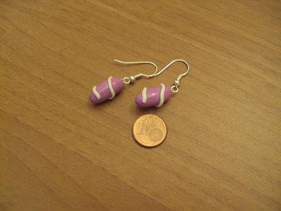 Orecchini capsule con spirale lilla-bianco