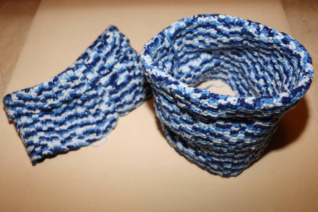 Scalda Collo nelle tonalità del blu