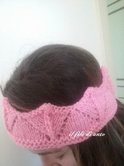 Fascia per capelli in lana a corona