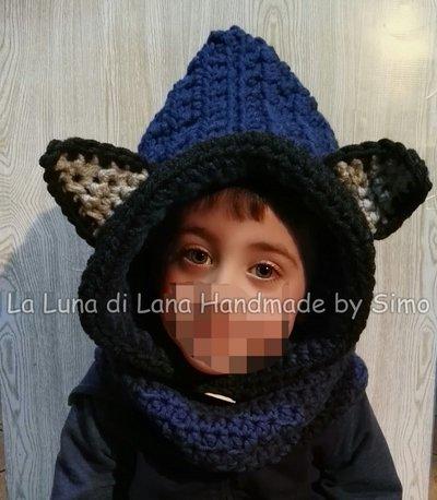 Cappuccio a uncinetto con  scalda collo e orecchie a forma di lupetto per  bambino o bambina