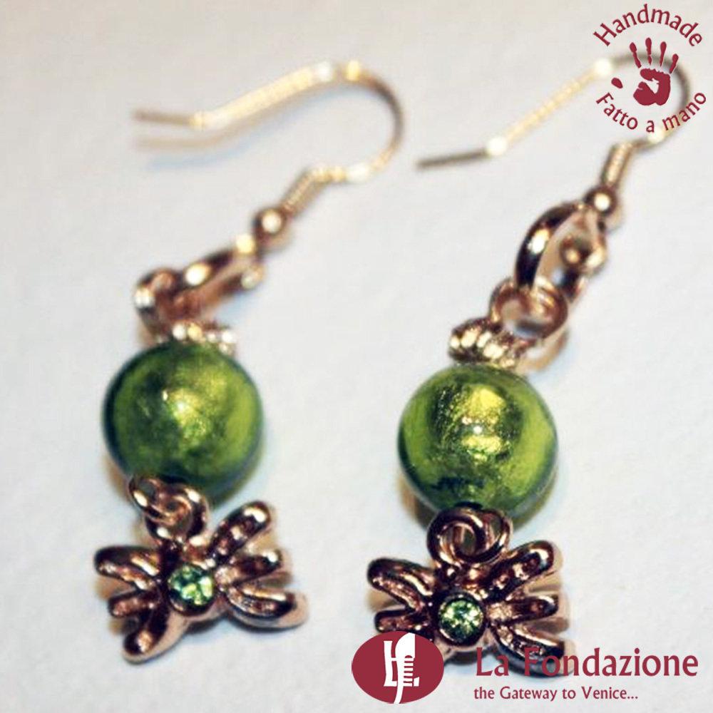 Orecchini Perla con Farfalla in vetro di Murano Fatto a mano