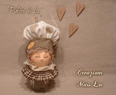 Barattolino cuochino  punta e porta spilli in pasta di mais, stoffa e feltro
