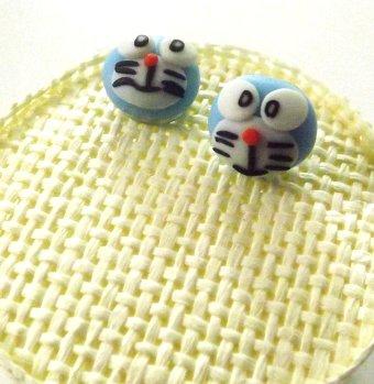 Orecchini gatto Doraemon in fimo a perno idea regalo bambina
