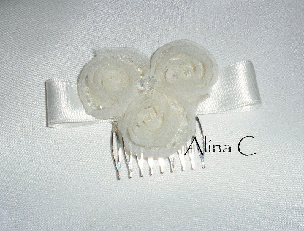 Avorio,Cerchietto e pettinino con rose di organza color avorio e mezzi cristalli,sposa,prima comunione,ragazza