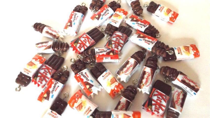 LOTTO OFFERTA STOCK 10 charms  - SNACK kinder - bueno duplo kit kat cereali - FIMO per orecchini collane bracciletti