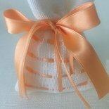 Sacchetto confetti in lino  avorio e fiocco in raso albicocca