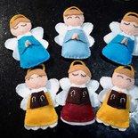bomboniera e porta confetti: Angioletti in pannolenci realizzati a mano