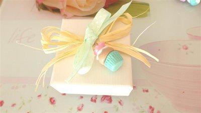 NOVITA  bomboniera MATRIMONIO NASCITA COMPLEANNO COMUNIONE  - cupcake verde  con ROSA - fimo