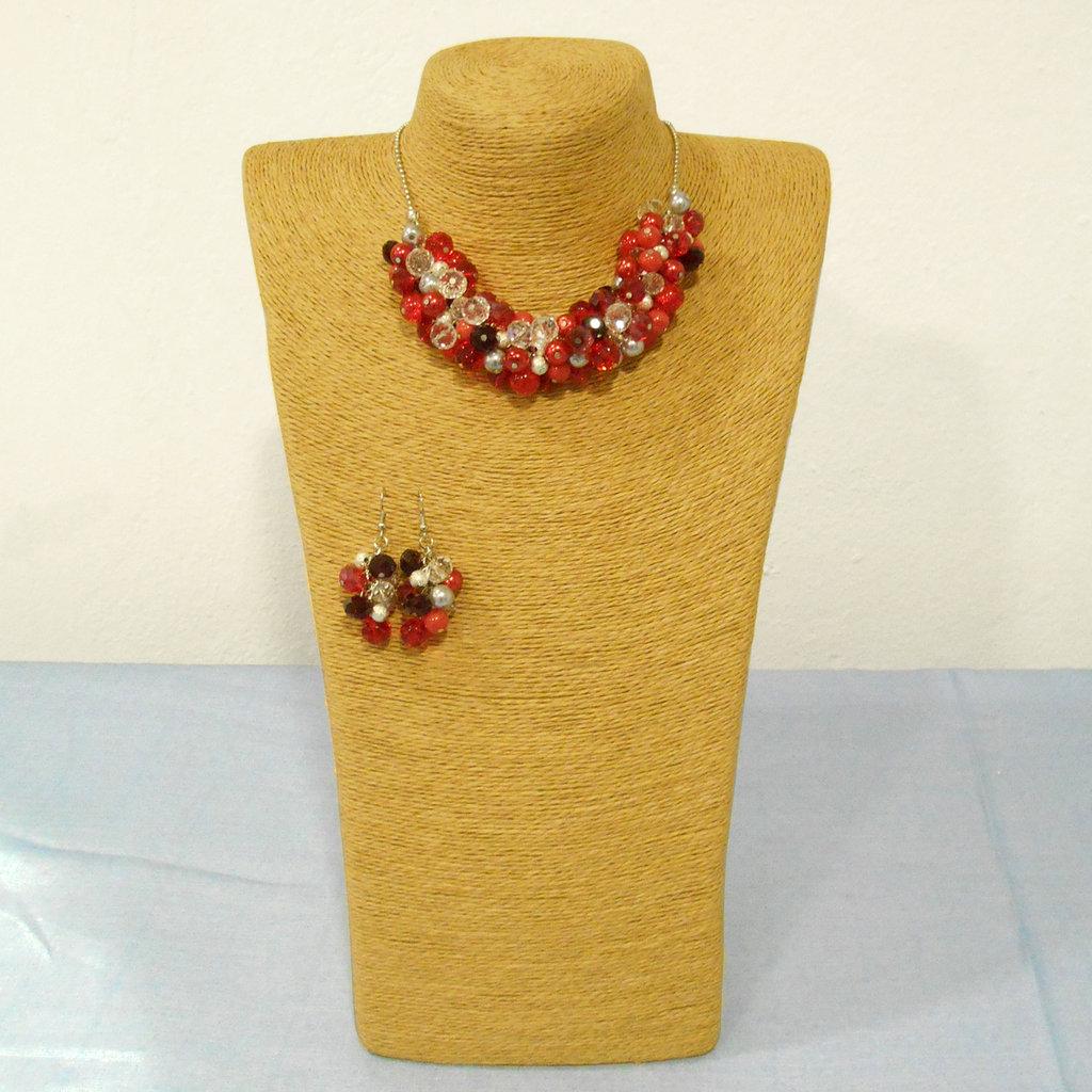 Collana corta con perle e semicristalli rosso/silver/crystal