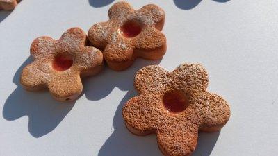 Ciondolino biscotto con marmellata medio