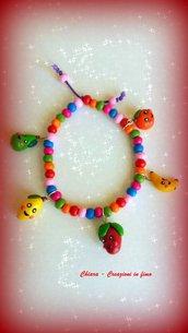 Bracciale in fimo handmade con frutta kawaii e perline in legno idee regalo donna