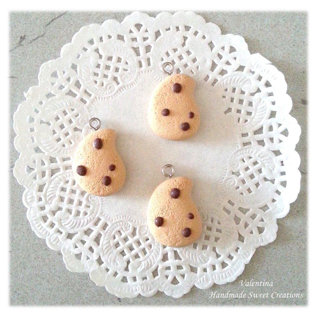 Biscotti gocciole- ciondoli fimo