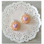 Biscotto con cuore lilla- ciondolo fimo