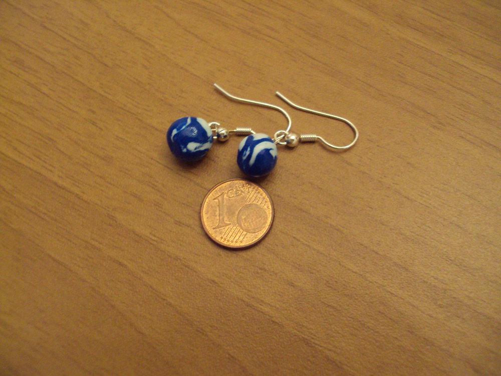 Orecchini palline blu-bianco