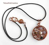 Collana con medaglione spirali in rame e pietre dure