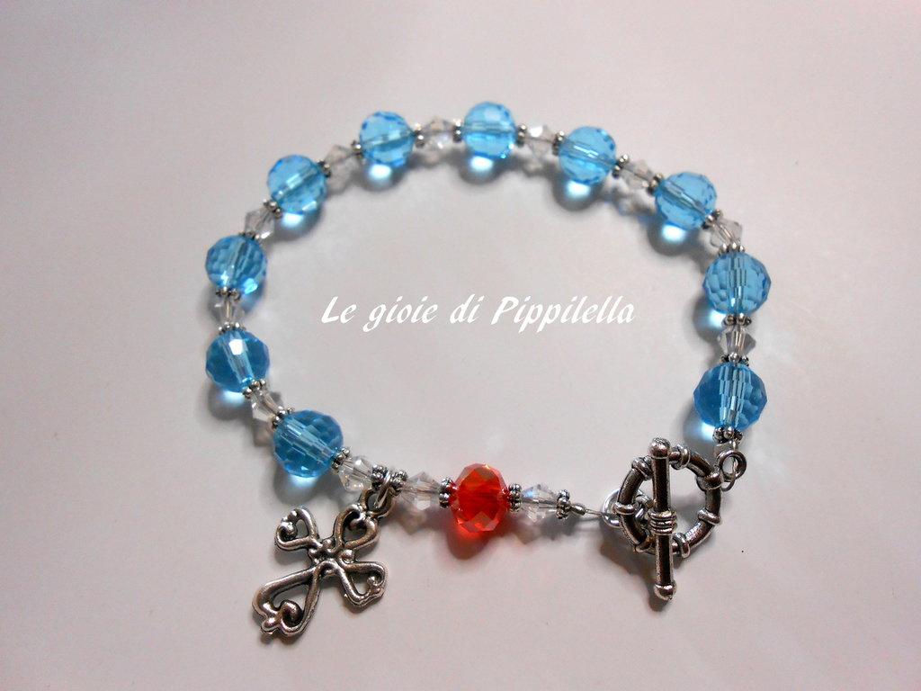 Bracciale rosario con cristalli azzurri e rosso, idea regalo.