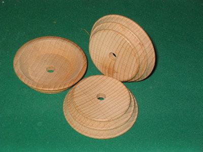 Piedistallo legno a forma di botte conica da 50 mm