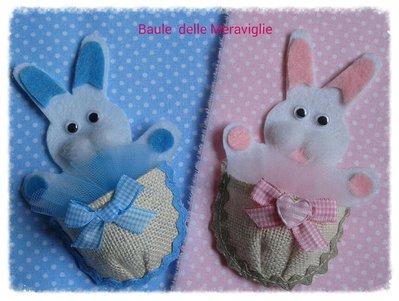 Bomboniera coniglietto in feltro per nascita o battesimo
