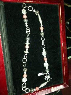 collana rosa antico