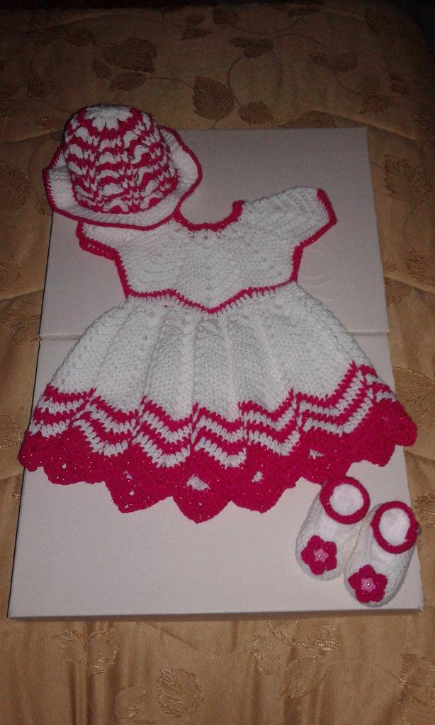Completo di lana neonata