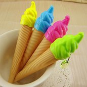 penna gelato con ciondolo