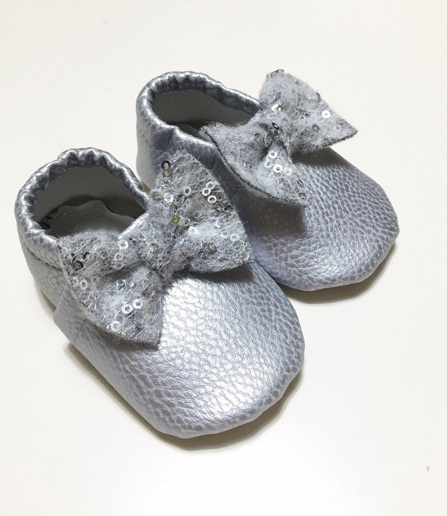MOCASSINI IN ECOPELLE con fiocco paillettoso per neonate e bambine