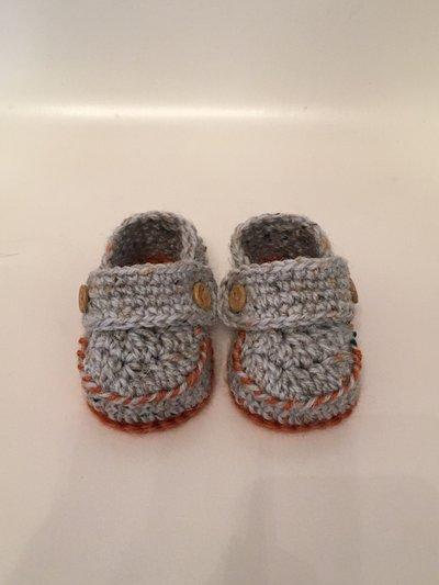 Scarpine in lana per neonato stile mocassino