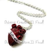 PERSONALIZZABILE Collana cuore Anatomico con nome- Anatomia anatomical heart minituara emo dark partel goth extreme