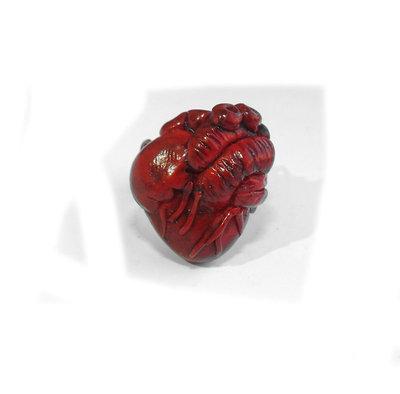 Anello cuore anatomico creato a mano