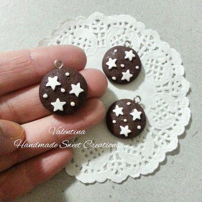 Ciondolo biscotto pan di stelle fimo