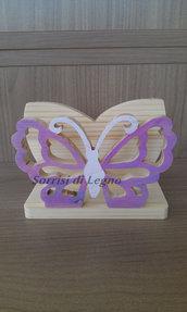 Portatovaglioli in legno con farfalla traforata