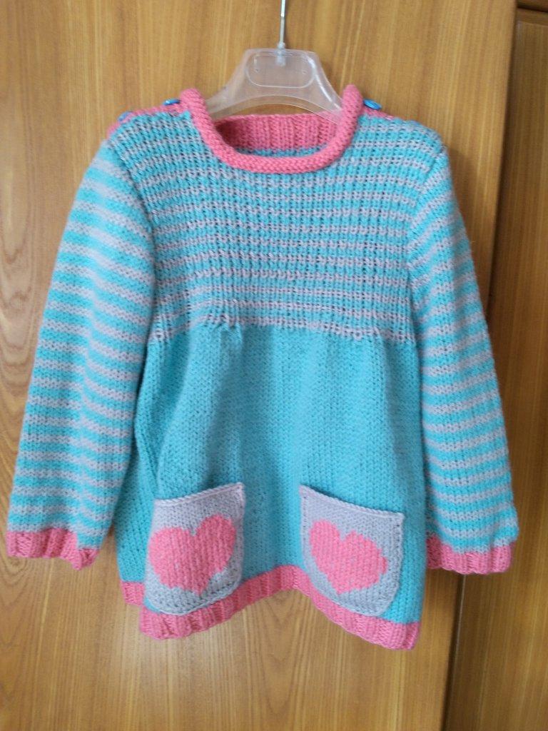 Abitino /tunica in lana lavorato ai ferri per bimba,misura 9 / 12 mesi