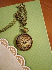Pendente Vegvisir - Compasso runico - sfondo ocra