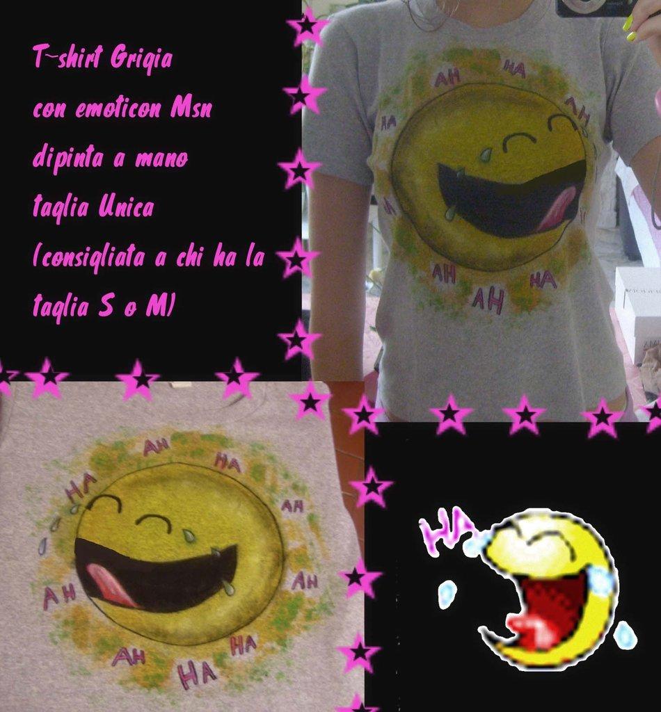 Maglietta grigia con emoticon