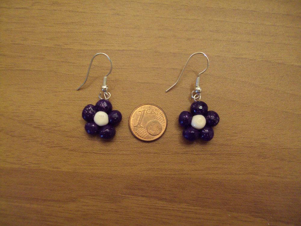 Orecchini fiori viola glitterato-bianco