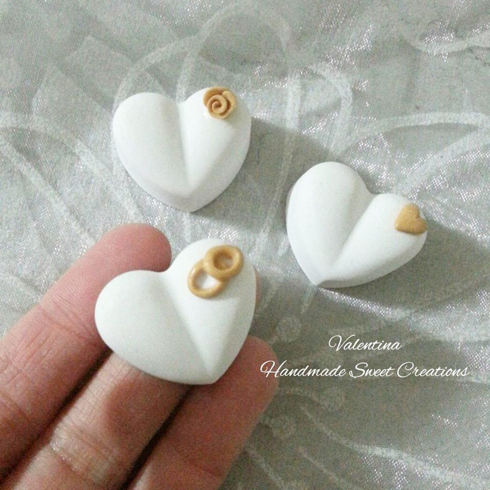 Gessetti cuori cuore cuoricini con fedi oro
