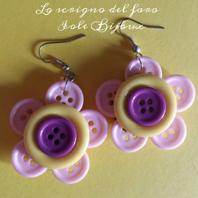 Orecchini fiori di bottoni rosa/giallo/viola